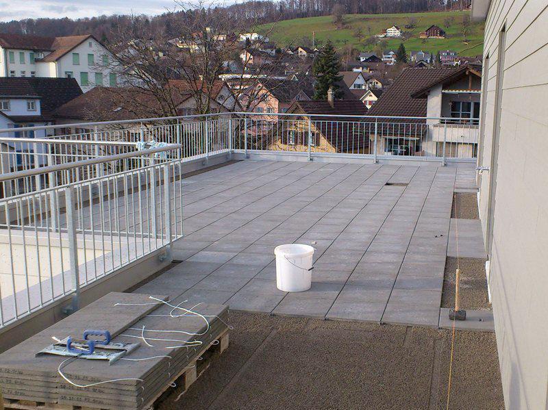 Dach – Terrassenabdichtung mit Gartenplatten