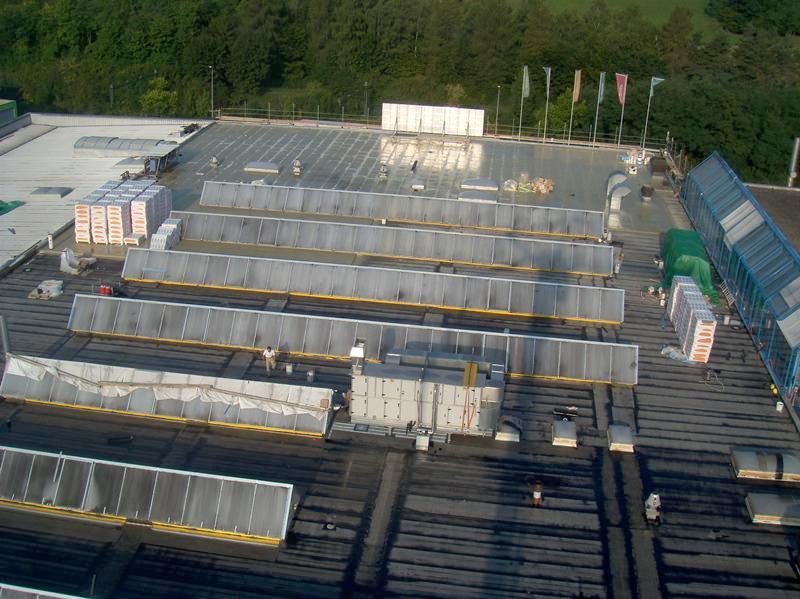 Dach – Flachdachsanierung mit Flüssigkunststoffabdichtungen