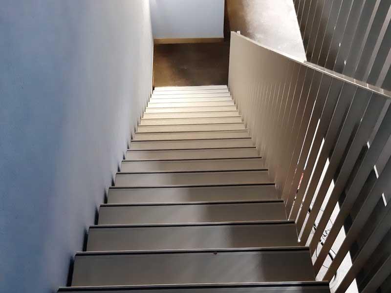 Bodenbeschichtungen – Treppe