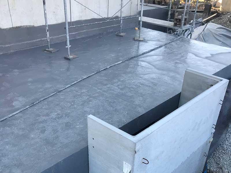 Dach – Flüssigkunststoffabdichtung- Flachdach